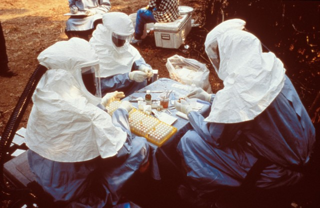 5 Unknown Facts That Make Ebola Virus Dangerously Elusive To Manage